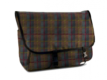 PAW of Sweden´s Gamebag Classic waxed cotton tweed